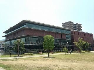 福山市中央図書館からの三原市へ