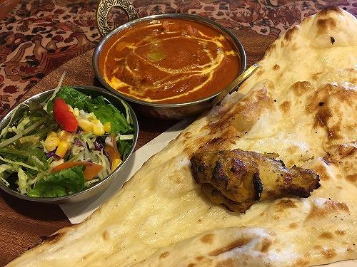 福山市春日町にある「インド料理TABLA(タブラ)」で本場のカレーを食す。