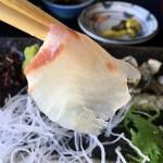 道の駅「多々羅しまなみ公園」内の食事処で幻の高級魚マハタを食べる。